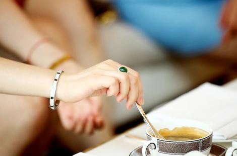hostess-etiquette-courses_1
